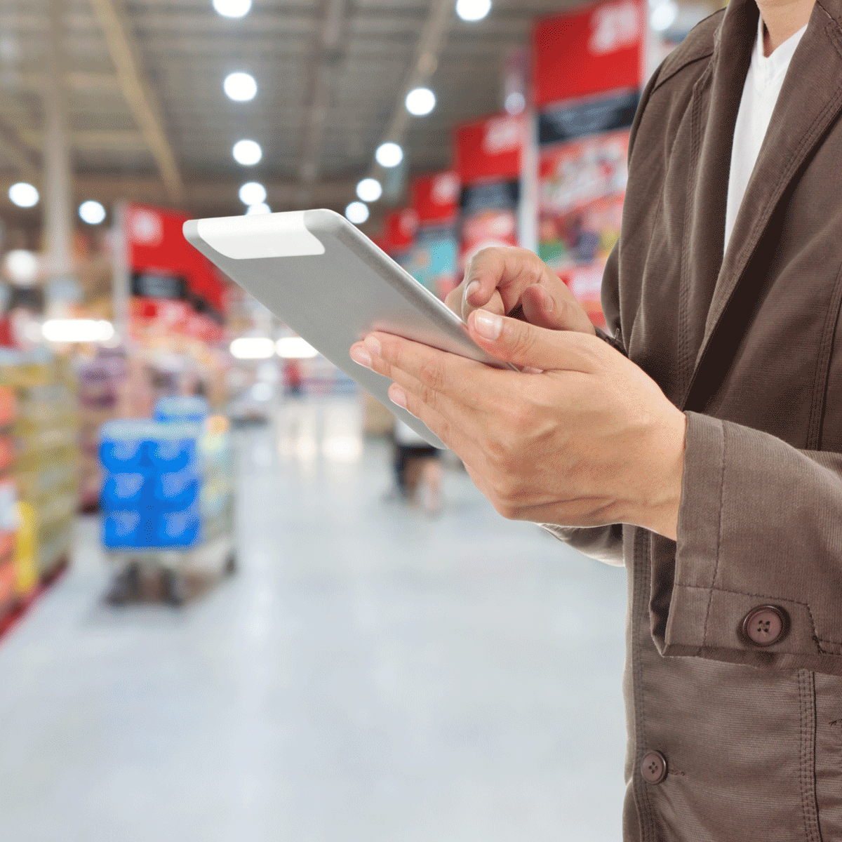 tablet-retail-shutterstock_475360171-1200x1200